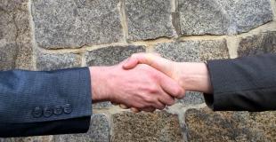 Comment renégocier son prêt immobilier pour diminuer ses mensualités ?