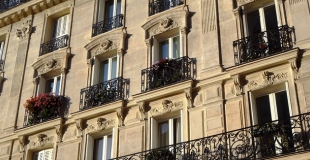 10 000 euros d'impôt annuel : diminuer ses impôts avec la défiscalisation immobilière