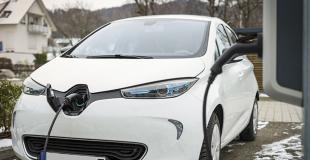 Borne de recharge à domicile : 7 kW ou 22 kW ?